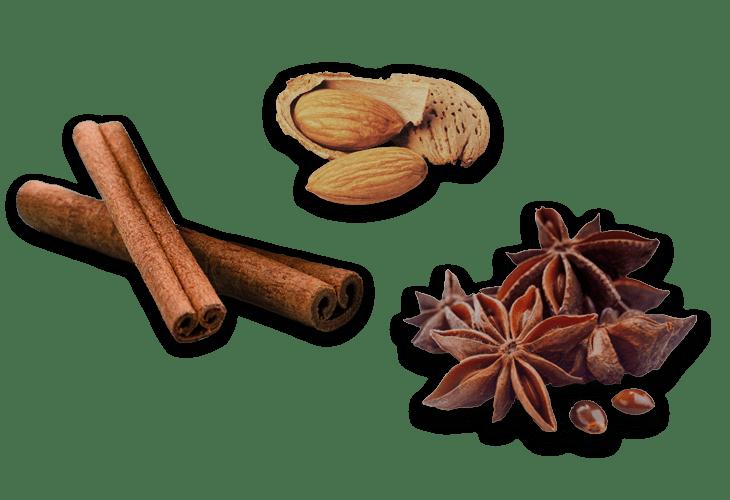 Zimt, Sternanis und Mandeln