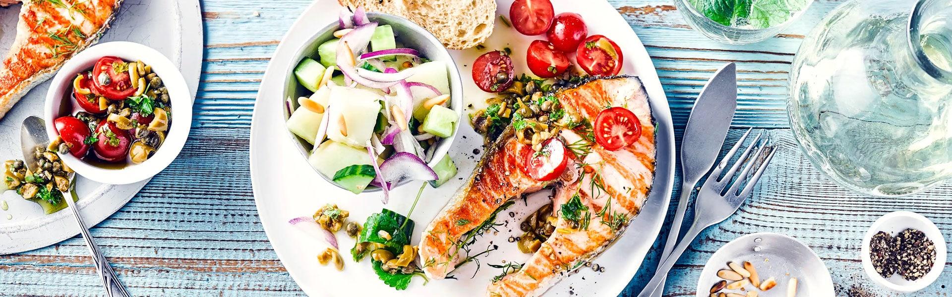 Lachssteak mit Melonen-Salat