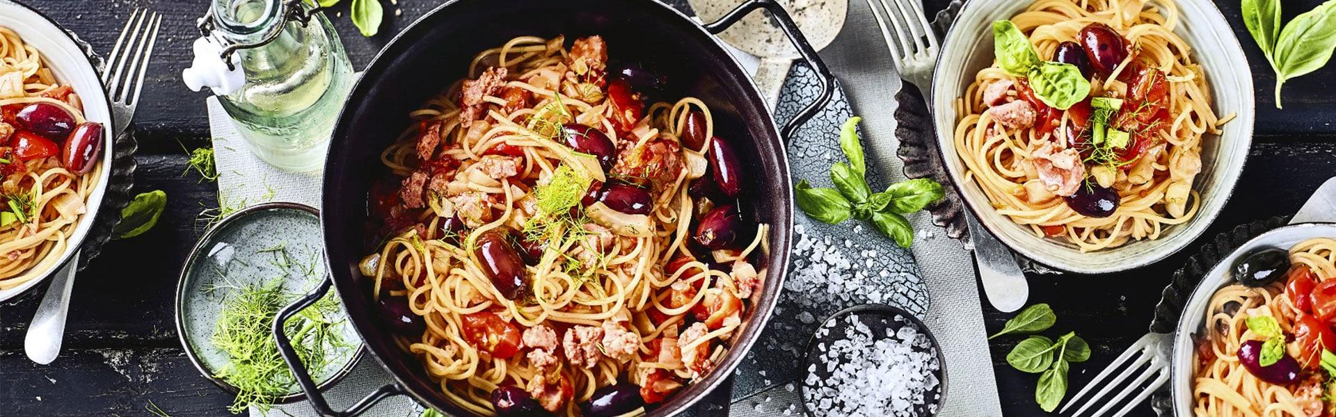 One Pot Spaghetti mit Fenchel und Salsiccia